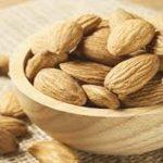 فوائد اللوز للجسم والرجيم والسكري وضغط الدم واضراره